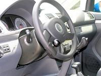 Lenkraddrehknopf und Handgerät für Gas und Bremse