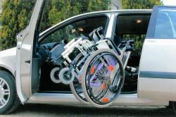 Schiebetür mit Rollstuhl-Ladehilfe